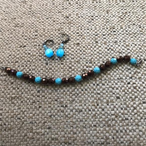 Sorrelli Jewelry - Sorrelli  crystal Turquoise drop earrings